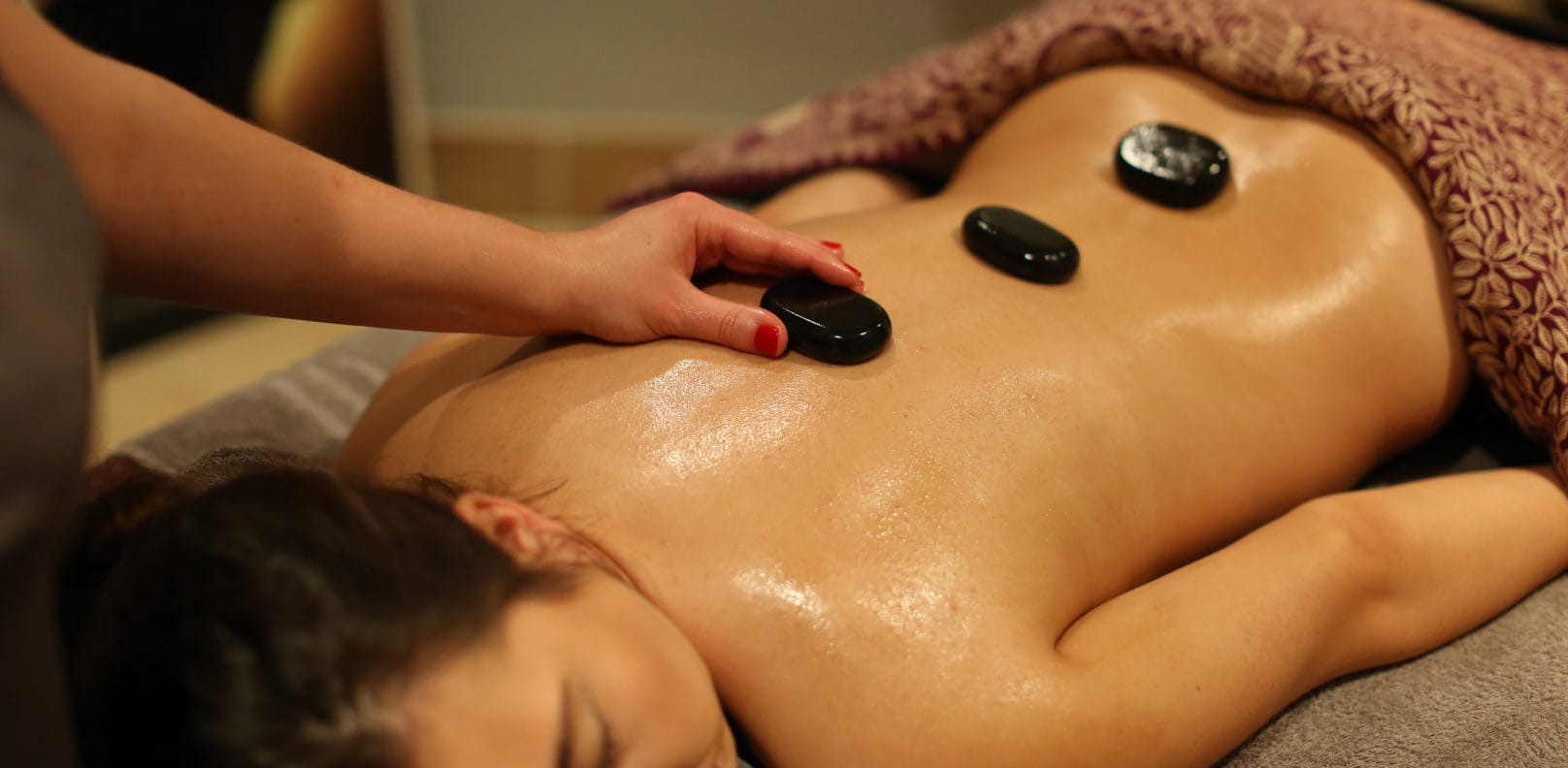 Hot Stones Massage Spa