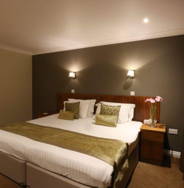 Club bedroom - Stoke by Nayland