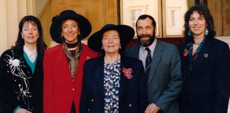 Devora Peake becomes MBE 1996
